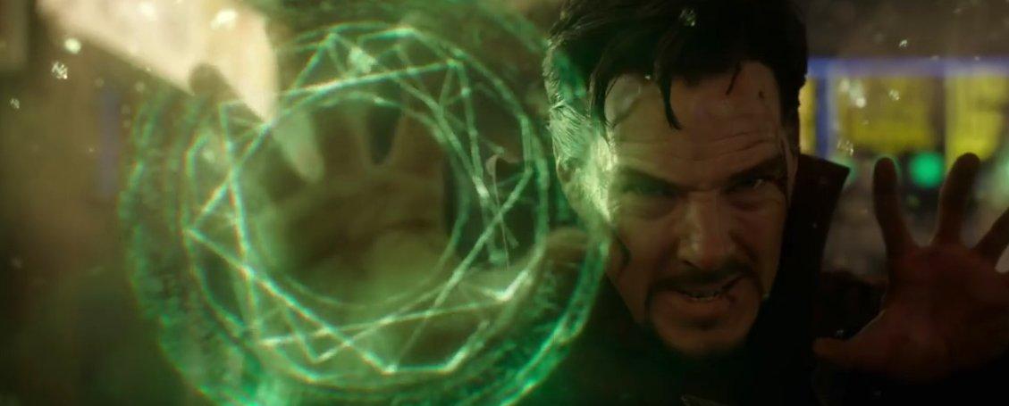 Přehrát online film Doctor Strange.